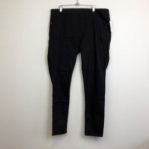 NWT Old Navy Rockstar Black Pull On Skinny Jeans